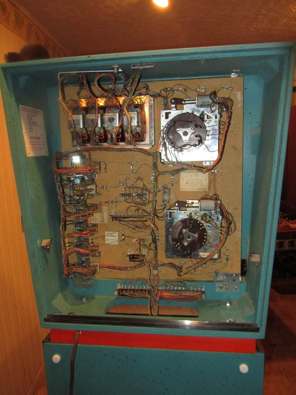 Gottlieb Neptune Pinball Machine 1 Pinballmania Llc